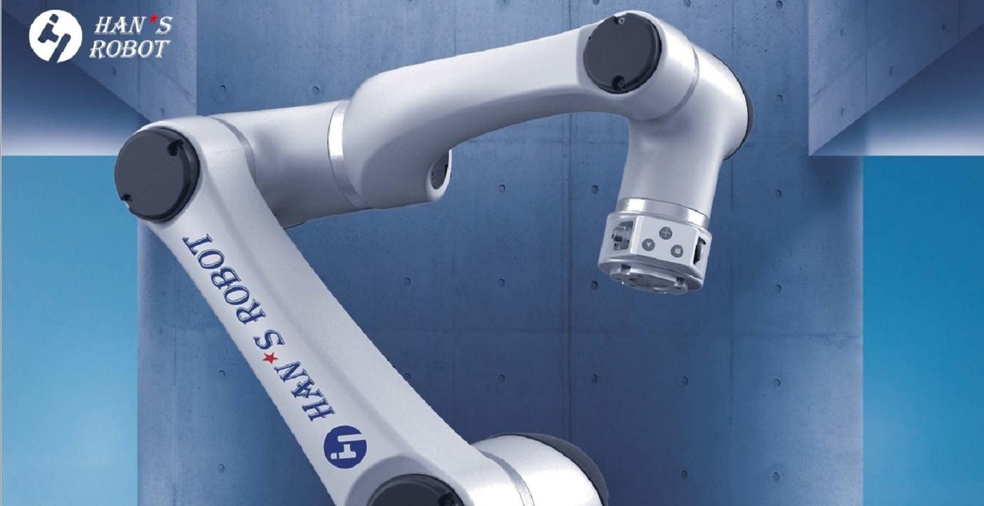 Индустриални роботи: Пазарен дебют на нов модел от гамата Elfin с полезна товароносимост 15 kg
